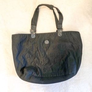 Lululemon REVERSIBLE totally tote tastic bag